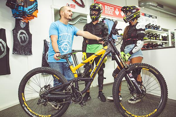 Messa a punto e noleggio bike di Dr-Rent di Mottolino Bikepark