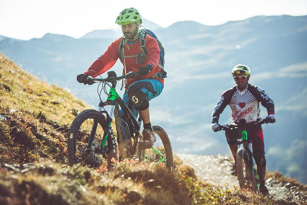 Escursioni di gruppo in mtb sulle Alpi