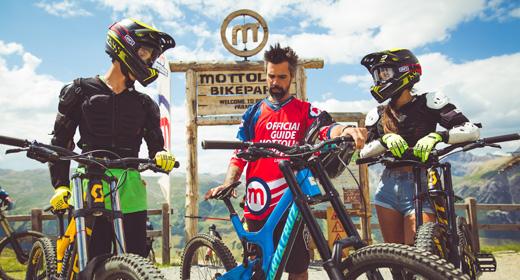 Riders con guida esperta su Mottolino Fun Mountain