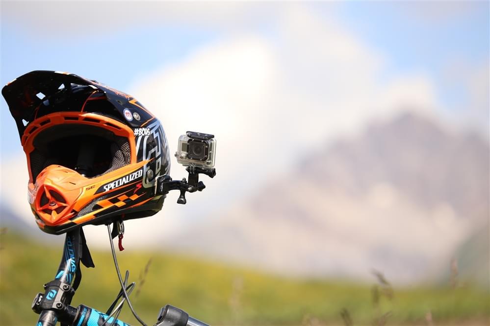 Helmet side mount