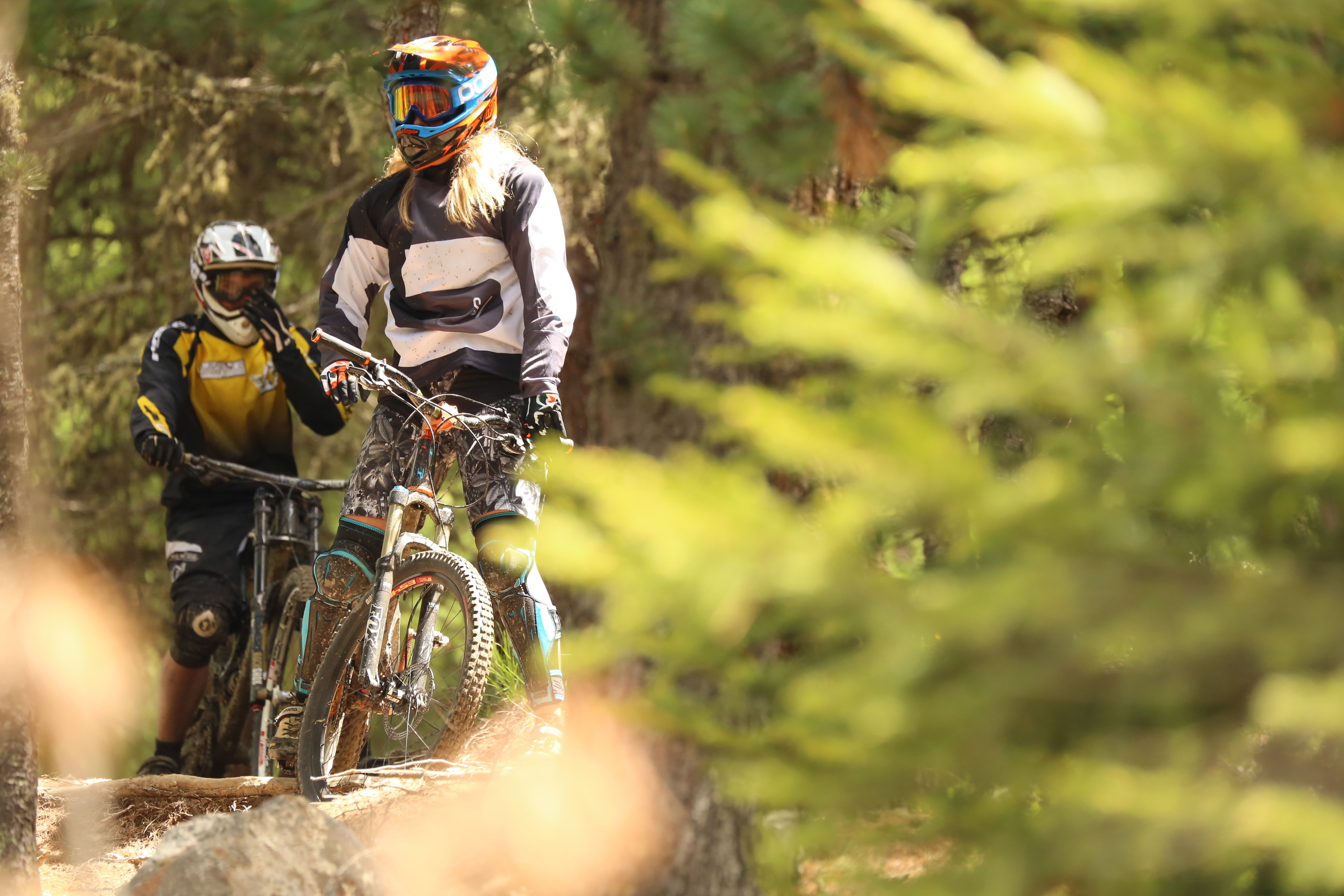 mottolino riders sui sentieri Bikepark