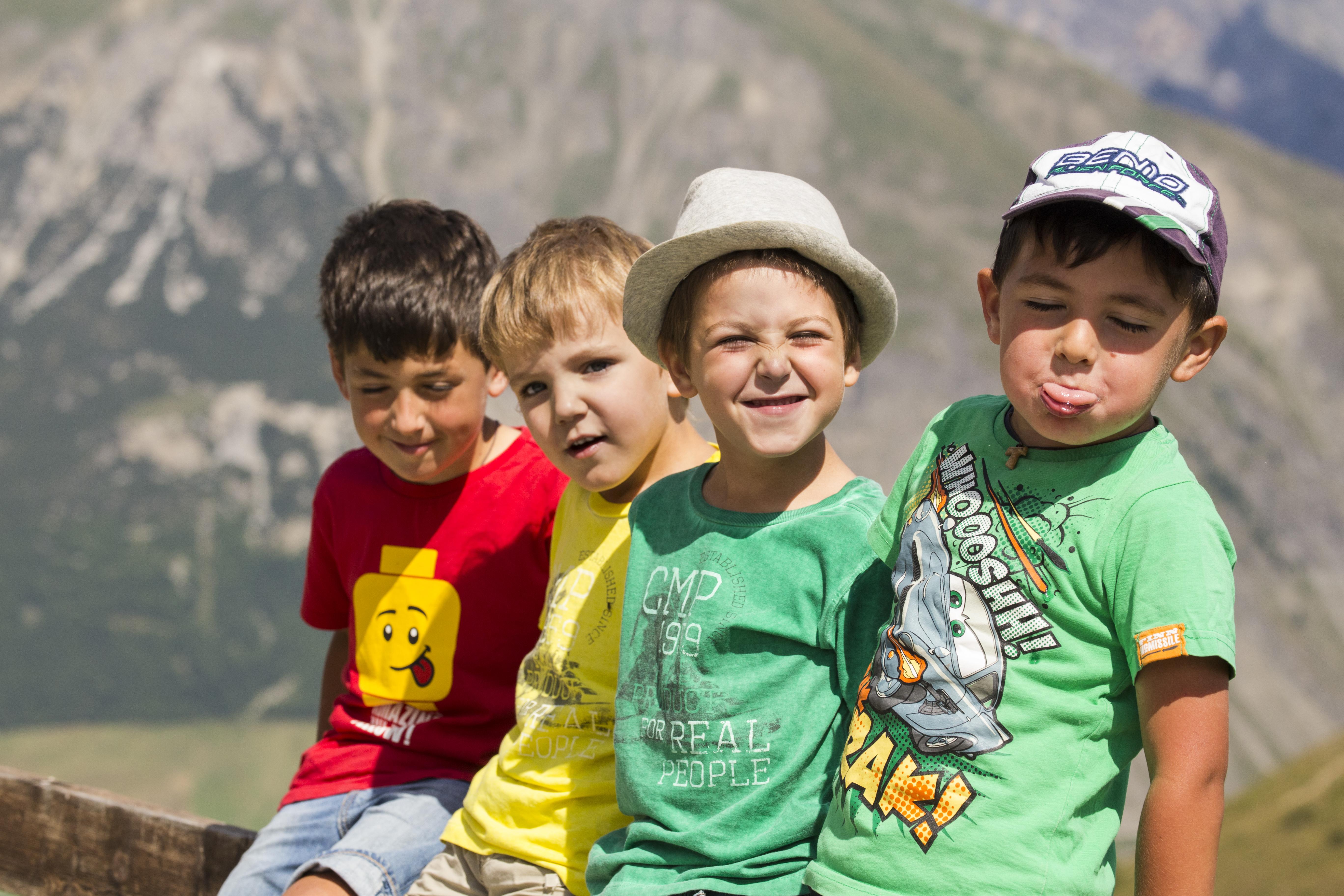 Bambini divertiti in vacanza estiva a Livigno