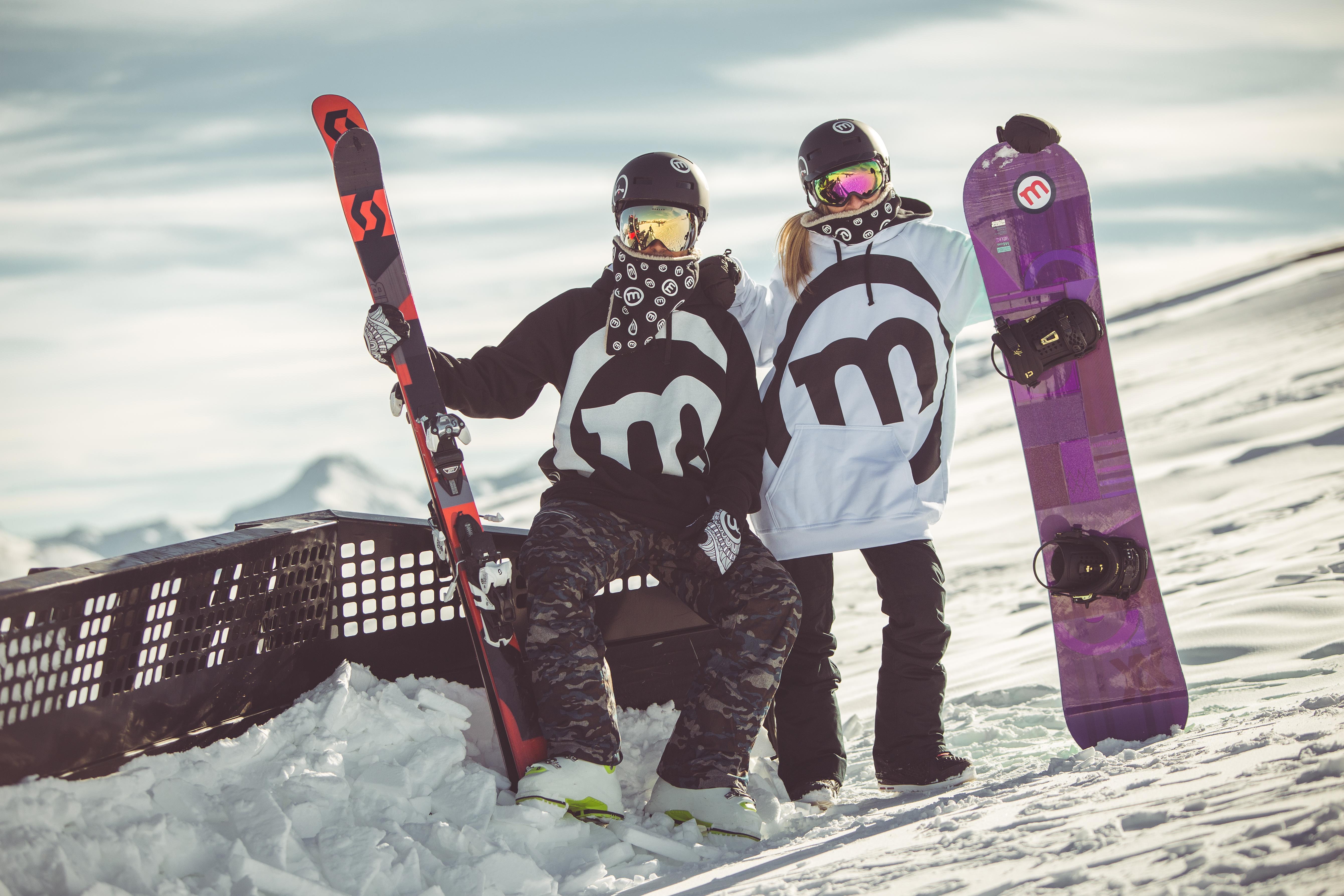 Abbigliamento invernale Mottolino per snowboarder e sciatorio