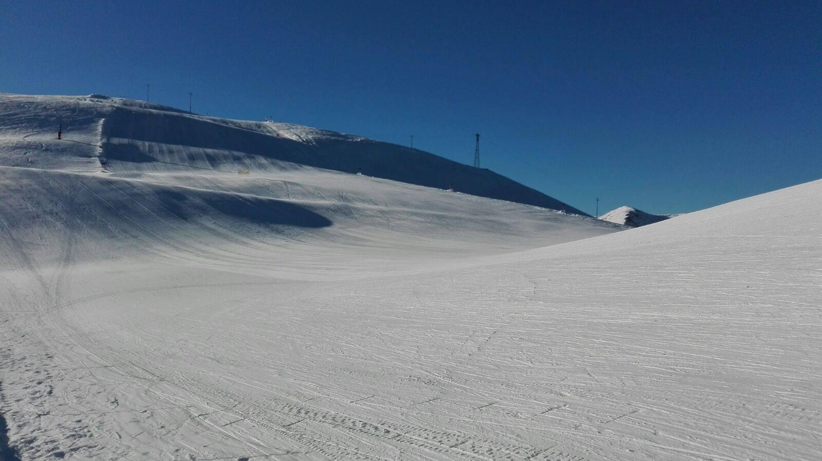 Piste innevate in attesa di sciatori