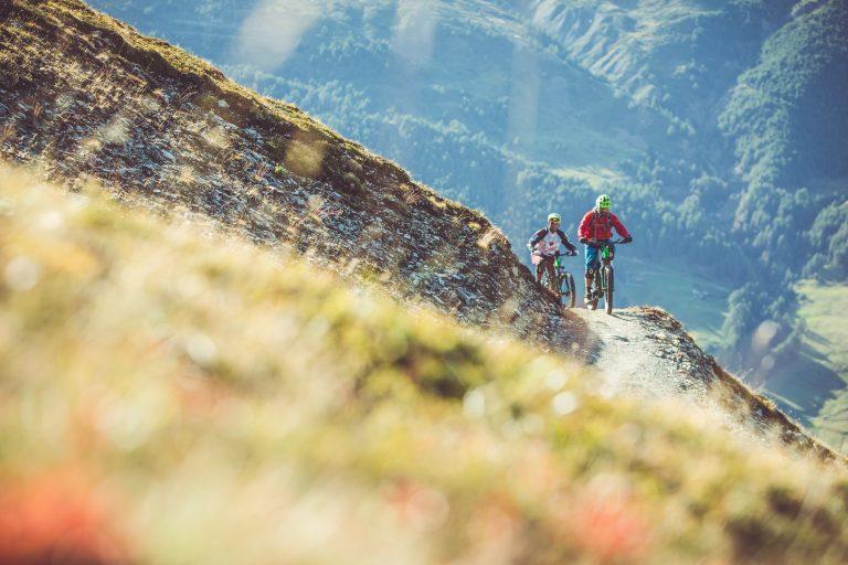 Sentiero immerso nella natura del Bikepark a Livigno