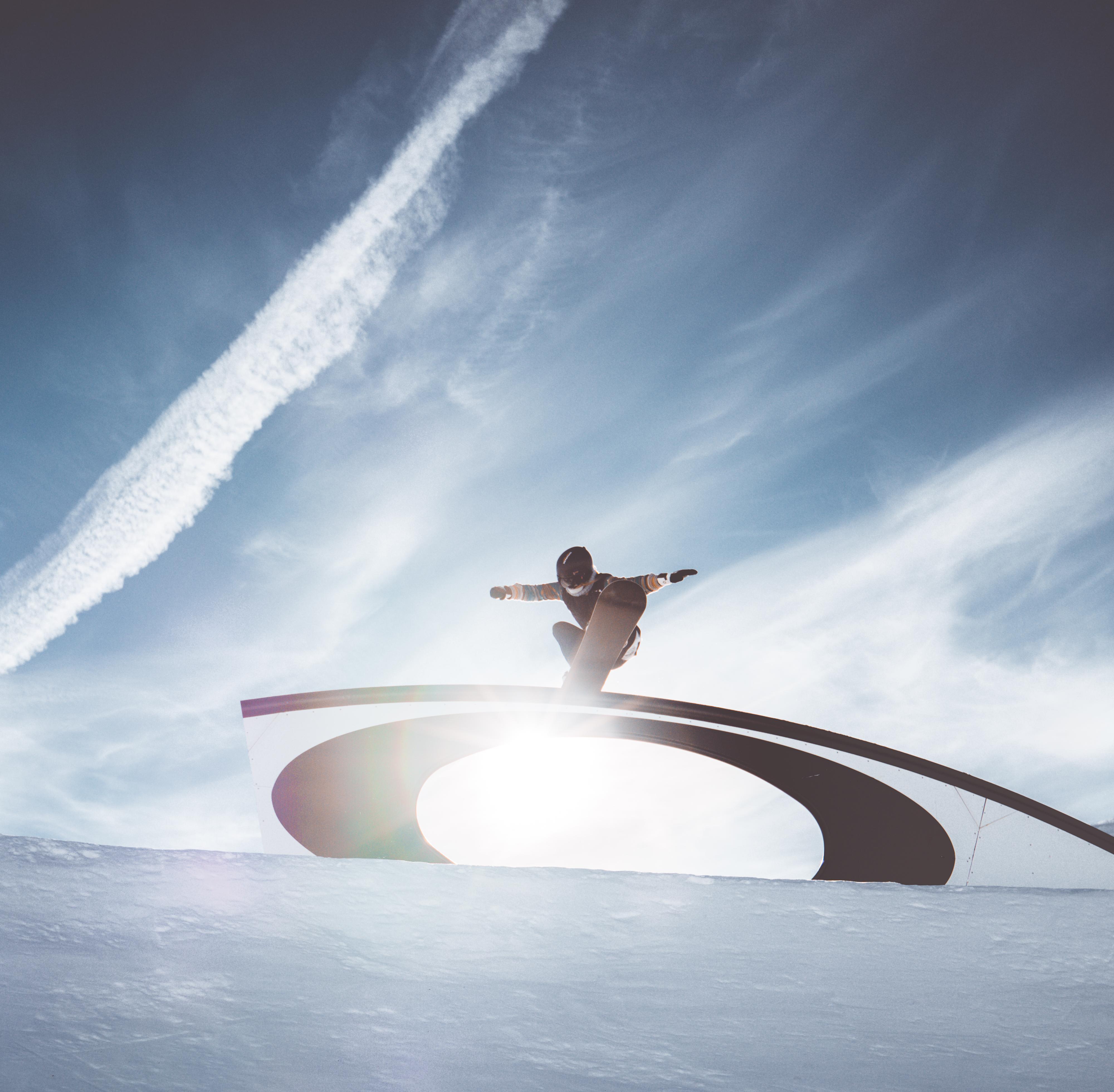 Evoluzioni con lo snowboard a Livigno