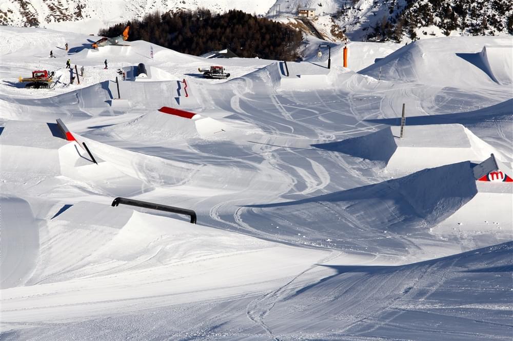 Industry Line snowpark Mottolino