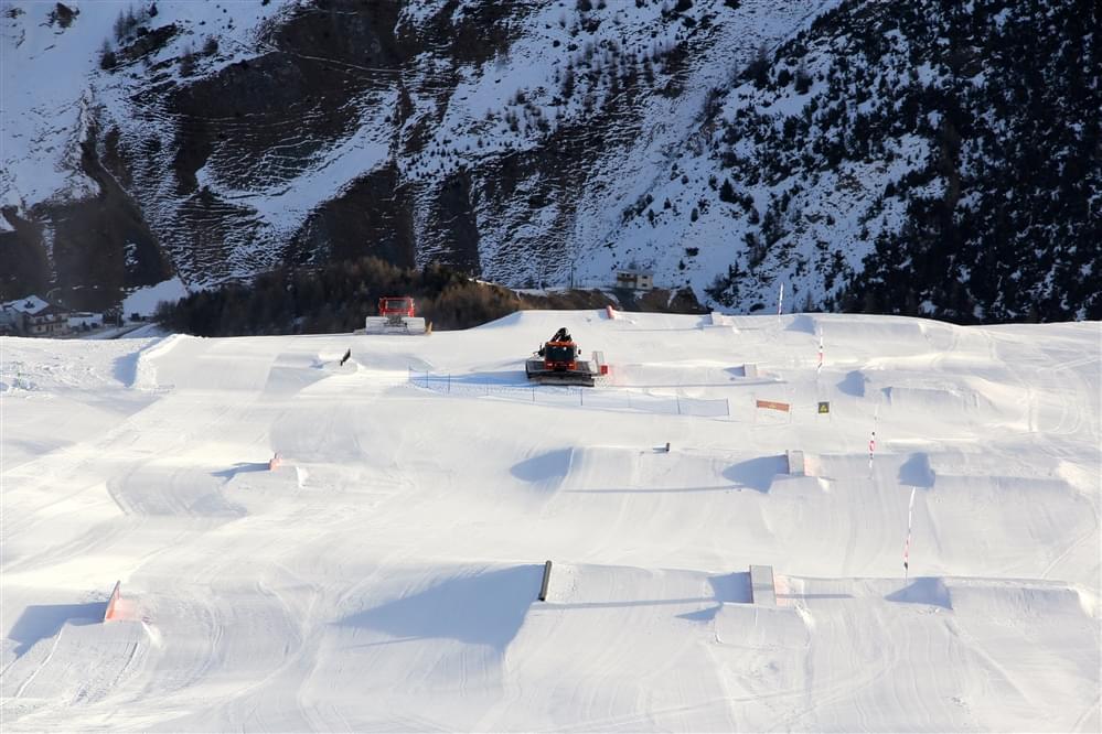 Linea S snowpark Livigno Mottolino