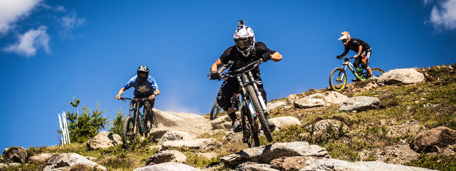 Riders Pro passaggio rock garden al Mottolino Bikepark di Livigno