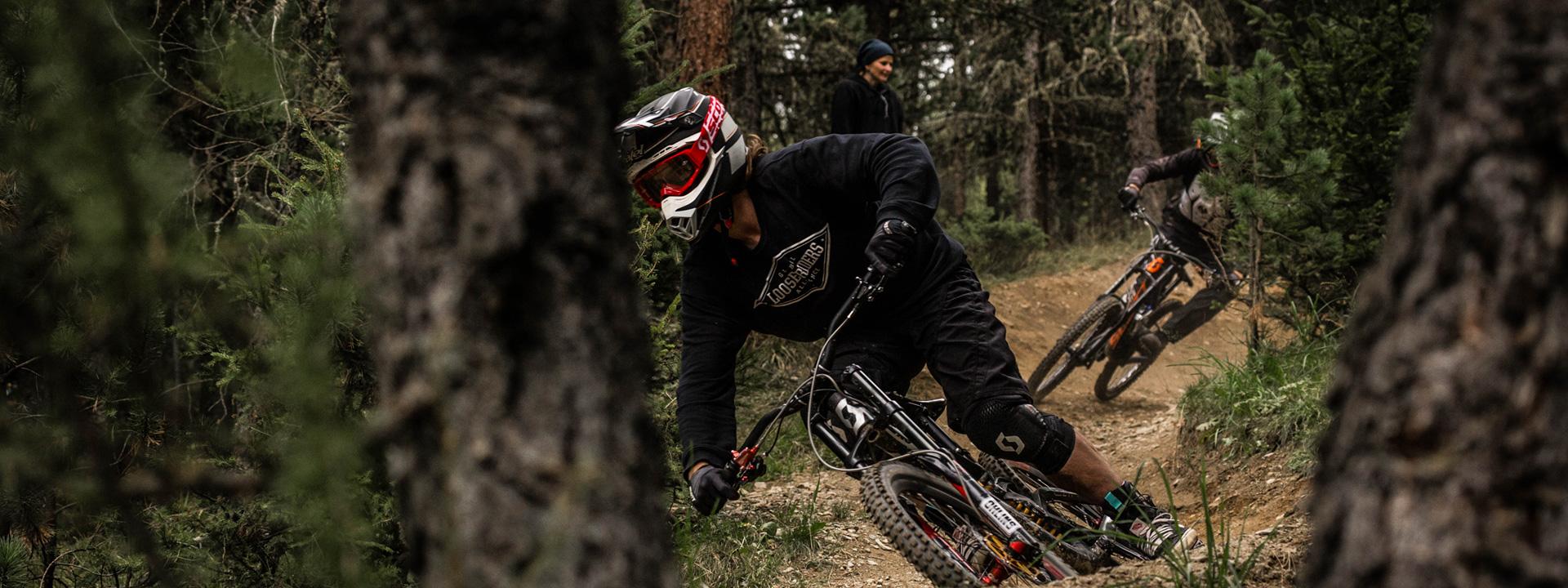 Flow trail nel bosco Mottolino Bikepark Livigno