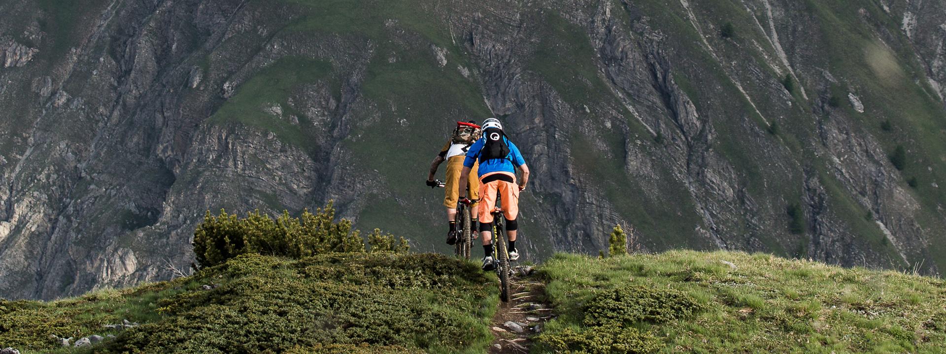 Tour con le guide MTB sui sentieri di Livigno