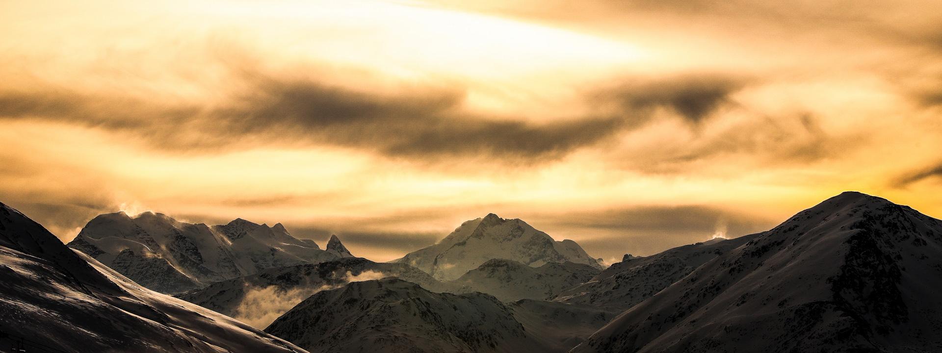 Cime innevate delle Alpi di Livigno