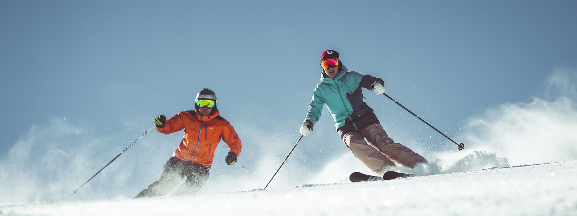 Sciata sulle piste della ski area Mottolino a Livigno