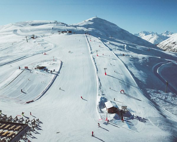 Panoramica del Campo Scuola nella ski area Mottolino a Livigno