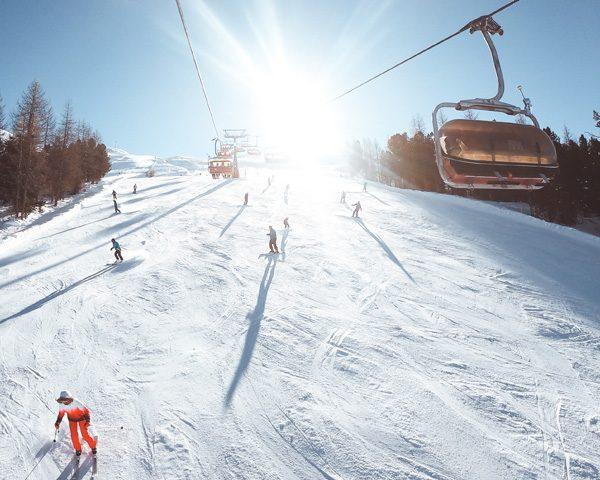 Sole e Piste ampie sulla Ski Area Mottolino a Livigno